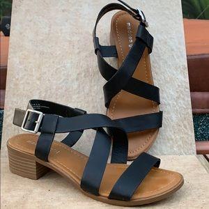 Madden girl chunky heel size 8 1/2
